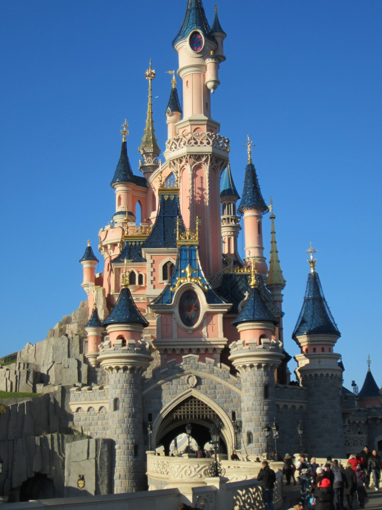 Disney_castle_paris